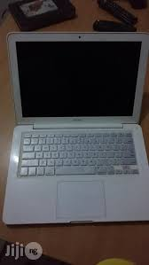 apple laptops for sale. uk used macbook 13.3inchs 500gb 4gb ram apple laptops for sale h