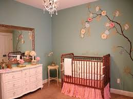 baby-girl-nursery-painting-ideas-331