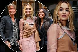 According to the hot right now songfacts, during her early teens ora attended the sylvia young theatre scho… read more Rita Ora Looks Dramatically Different At The Voice Australia Photocall After Quarantine Mirror Online