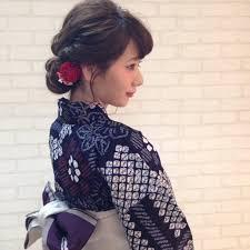 流した前髪和装着物の人気ヘアスタイルおしゃれな髪型画像 Stylistd