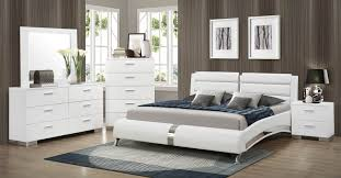 Coaster Felicity Platform Bedroom Set   White