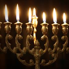 the spirit of the chanukah candles and their lesson
