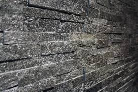 Tesu Steenstrips Type Sparkling Black Quartzite 12x40 Dun Z