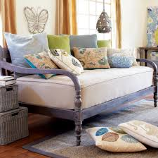 Best Daybed Designs Daybeds That Look Like Couches It Speaks Of Lazy Summer