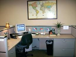 decorate your office desk. Brilliant Your Cheap Ways To Decorate Your Office At Work How  Ideas Desk Amusing Intended Decorate Your Office Desk