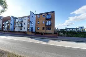 2 Bedroom Flat For Sale. Countess Way, Broughton, Milton Keynes. £220,000.  Prev Next. Photo 9