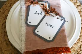 diy place cards that can easily be customized and printed from your computer perfect for