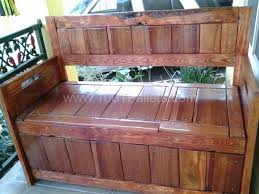 create a unique diy storage box with seating for your front porch by recycling wooden pallets easy and attractive you can solve a seating and storage