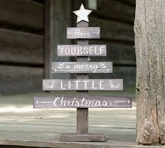 pallet painting ideas christmas. natural wood slat christmas tree décor with hand-painted white distressed star and \ pallet painting ideas