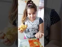 Alicia toste brincando com slime - YouTube