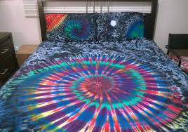 tie dye bed sheet