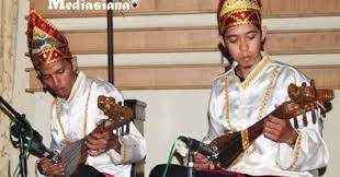 Alat musik ini berasal dari daerah kabupaten banjar, tepatnya yaitu di desa sungai alat, astambul, bincau, dan martapura. 10 Alat Musik Tradisional Provinsi Kalimantan Selatan Mediasiana Com Media Pembelajaran Masakini