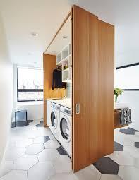 laundry furniture. Warna Putih Memang Selalu Cocok Untuk Ruangan Apapun. Salah Satunya Ruang Laundry. Area Membersihkan Pakaian Ini Dilengkapi Dengan Berbagai Furniture Laundry T