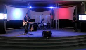 Church Stage Platform Design Re Purposed Wood Pallets For Church Worship Stage Vintage