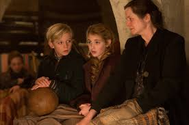 markus zusak home of the book thief and i am the messenger movie df 06467 liesel sophie nelisse center her friend rudy