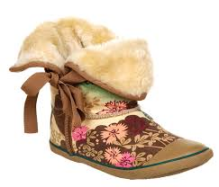 Fur boot tan asian