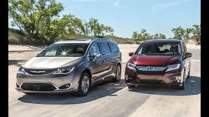 2018 Honda Odyssey Elite VS 2017 Toyota Sienna - YouTube