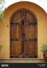 arched front doorExterior Arched Doors Examples Ideas  Pictures  megarctcom