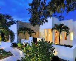 Dream House Design, Warm and Modern by Vanessa Brunner