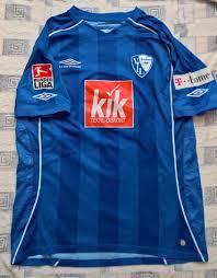 Auf die weißen heimtrikots der vergangenen spielzeit folgen nun trikots im sogenannten flutlichtblau. Vfl Bochum Home Futbol Formasi 2007 2008 Sponsored By Kik
