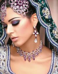 makeup artist trainer jobs dubai