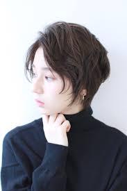 髪型仕事ができる30代大人女性おすすめなショートヘア髪型代官山