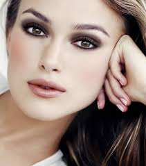 keira knitley dazzles with brown eye shadow