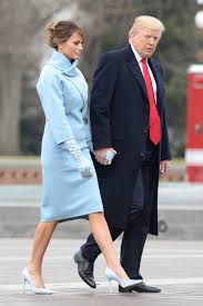 Body Language Expert On Trump-Melania Relationship: The Need To Have Her By  His Side Is Very Strong - The World News Daily