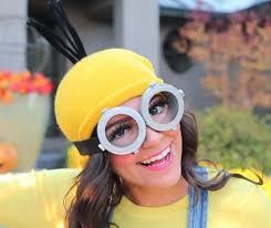 she made her own minion goggles which are the most difficult part of the ensemble to put together