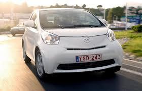 The Toyota iQ: can drive up a wall? - markpascua.com