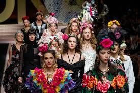 Dolce Gabbana Men S 2 Pc Light Blue Pour Homme Travel Set Dolce Gabbana Jumps Back Into Lysts Top 20 Hottest Brands