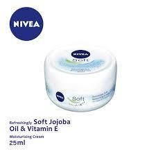 Nivea Soft Light Moisturising Cream For Face Nivea Soft Light Moisturising Cream 25ml Cwc2850