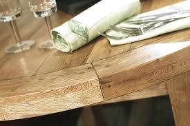 lile dining table