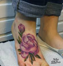 тату на ступне тату цветы цветная тату