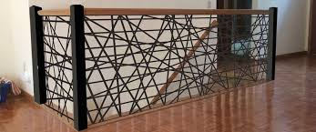 É um elemento que, para além de garantir a segurança da escada, encerra um fascínio estético que não deve ser negligenciado. Guarda Corpo 60 Tipos E Modelos Para Sua Casa Guarda Corpo Design De Interiores De Restaurante Fachadas De Casas Simples