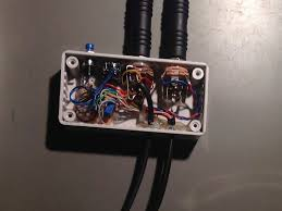 "aviation headset connected to ft 897 flying n stuff before closing the box adjust the microphone output level using the built in alc meter in the ft 897 fine tuning can be accomplished the ""ssb mic"