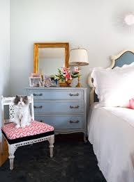 Modern vintage bedroom furniture Vintage Theme 3 Stick To Your Colors Homedit How To Create Modern Vintage Bedroom