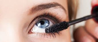 how to apply and remove eye makeup if you re wearing contacts