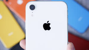 White iPhone XR Unboxing & First Impressions! – DarGadgetZ