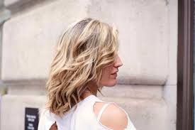 Haircuts For Thick Wavy Hair 14 Head Turning Hairstyles To Consider