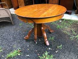 antique oak round table with pedestal
