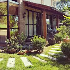 Quem mais aí tá querendo relaxar nessa varanda???? 🖐 . . . Projeto ...