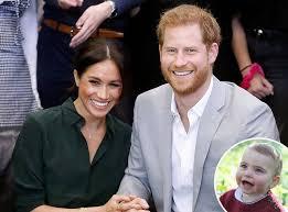 Un portavoce della coppia ha annunciato che sarà pubblicata una nuova immagine del figlio, nato il 6 maggio 2019. Read Meghan Markle And Prince Harry S Birthday Message To Prince Louis E Online