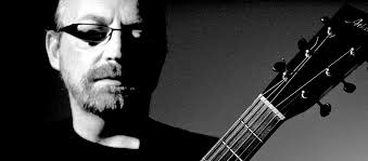 Boo Hewerdine is a hugely talented, critically loved singer-songwriter