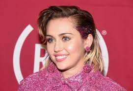 miley cyrus on uality the new frontier makeup