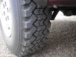 looking for stock tire size on a 1977 fj45 16inch split rim ...