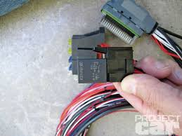 installing an aem ems 4 stand alone and deliver project car magazine SRT- 4 AEM EMS 4 Wiring Diagram ssts 1120 06 installing aem ems 4 main relay
