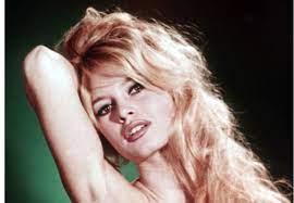Brigitte Bardot - La biographie de Brigitte Bardot avec Gala.fr