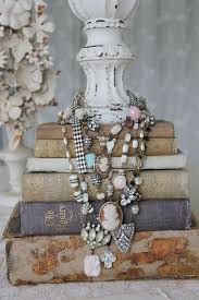 Would make a great jewelry display for the vintage flea market jewelry  displays crafts