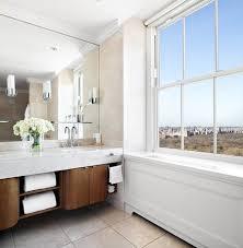 The Pierre, A Taj Hotel, New York: Two Bedroom Grand Suite Bathroom